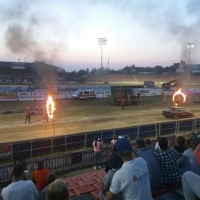 kaskaderskie-show-auto-rodeo-stunts